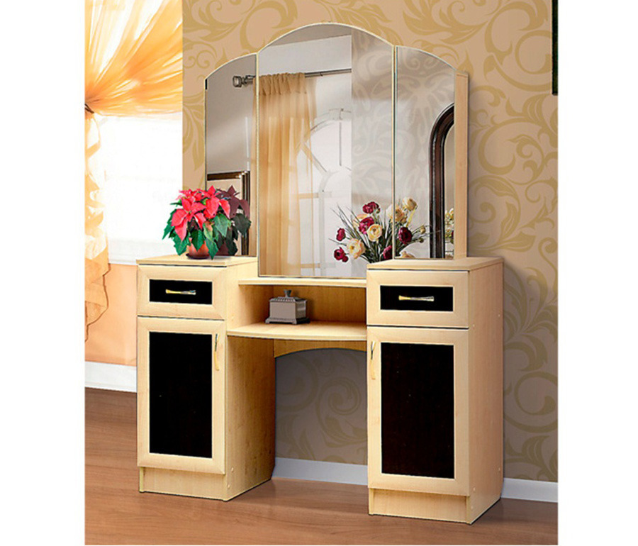Стол туалетный 4Туалетные столики<br><br><br>Длина мм: 1400<br>Высота мм: 1800<br>Глубина мм: 480