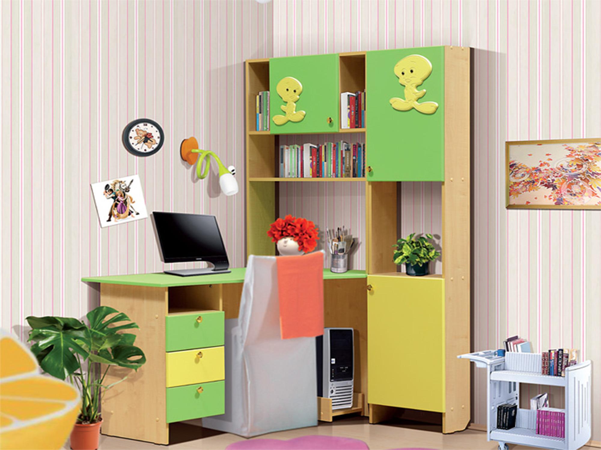 Письменный стол СК-9Письменные столы<br><br><br>Длина мм: 1205<br>Высота мм: 1800<br>Глубина мм: 1165