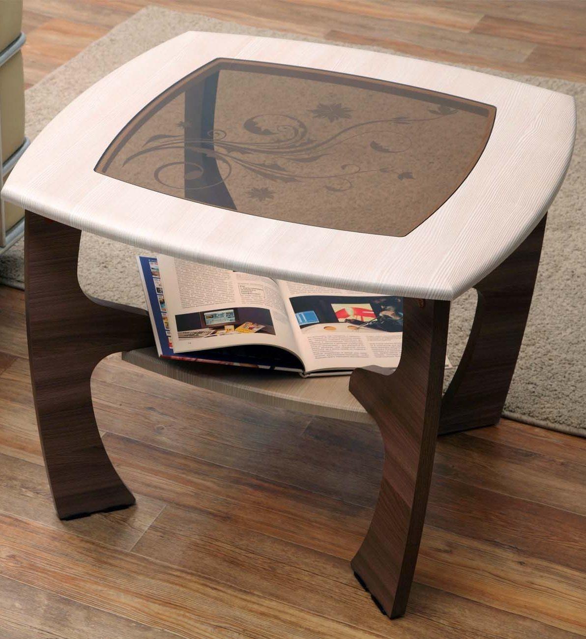 Журнальный стол Маджеста - 1 с пескоструемЖурнальные столики<br><br><br>Длина мм: 700<br>Высота мм: 522<br>Глубина мм: 700