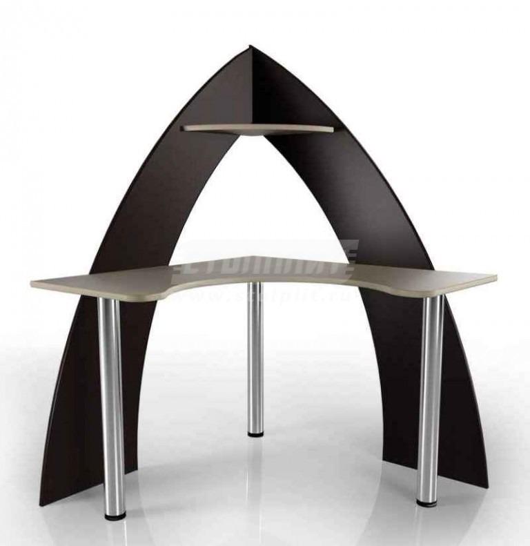 Стол для компьютера МБ – 46Компьютерные столы<br><br><br>Длина мм: 1050<br>Высота мм: 1560<br>Глубина мм: 1050