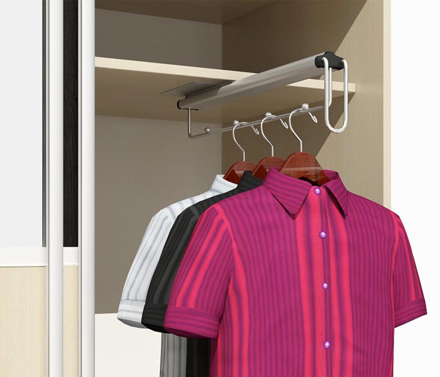 Вешалка для одеждыКомплектующие<br>Вешалка для одежды, выполненная в цвете  Хром , подойдет для большинства моделей, представленных в нашем каталоге.<br><br>Длина мм: 0<br>Высота мм: 0<br>Глубина мм: 0